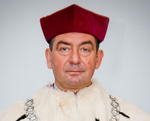 prof_a_zajac-min